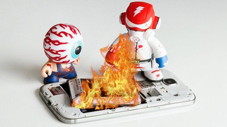 androidpit-smartphone-on-fire-digidoki